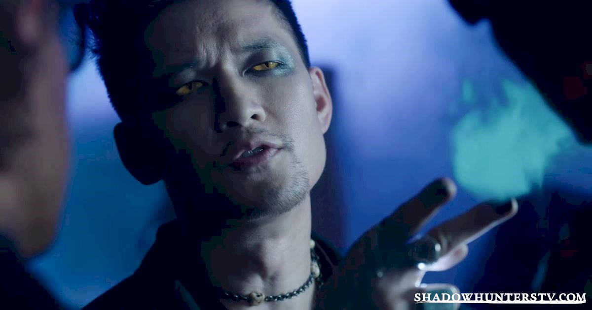 Shadowhunters - 12 Reasons Why Magnus Bane Kicks Ass As The Owner Of Pandemonium - 1004