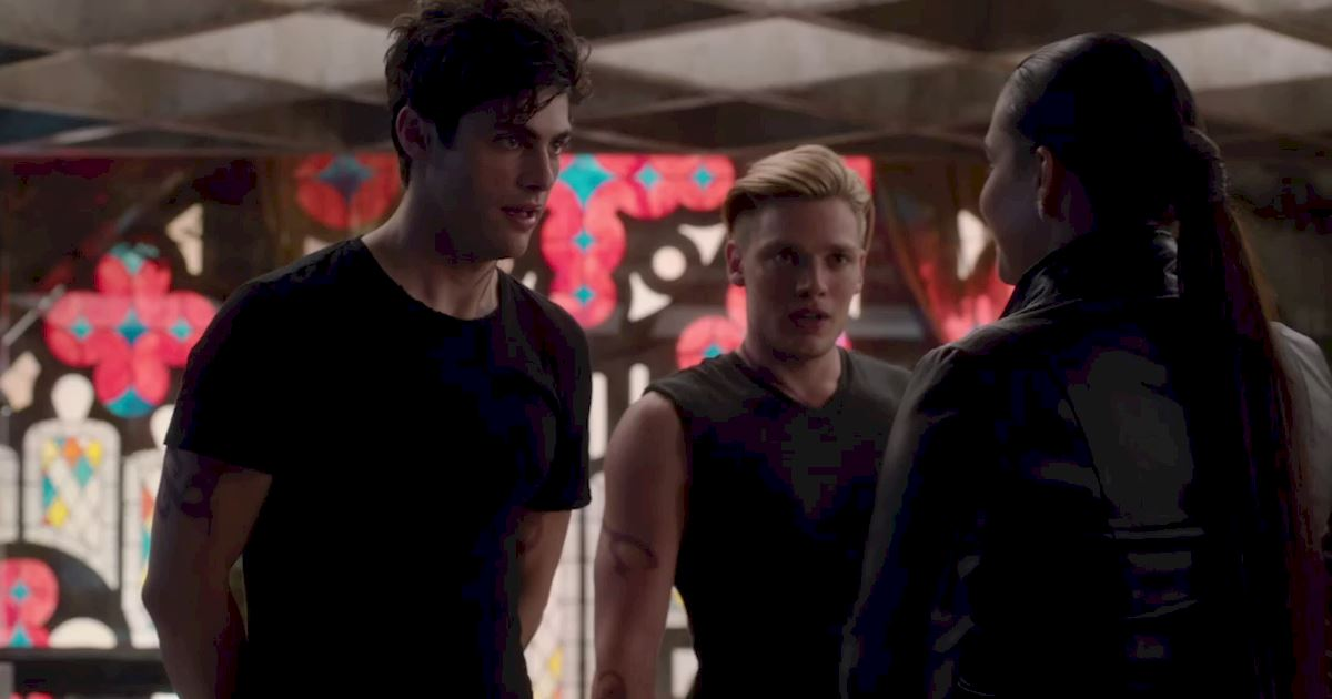 Shadowhunters - 60 Times Izzy And Alec Were Sibling Goals! - 1013