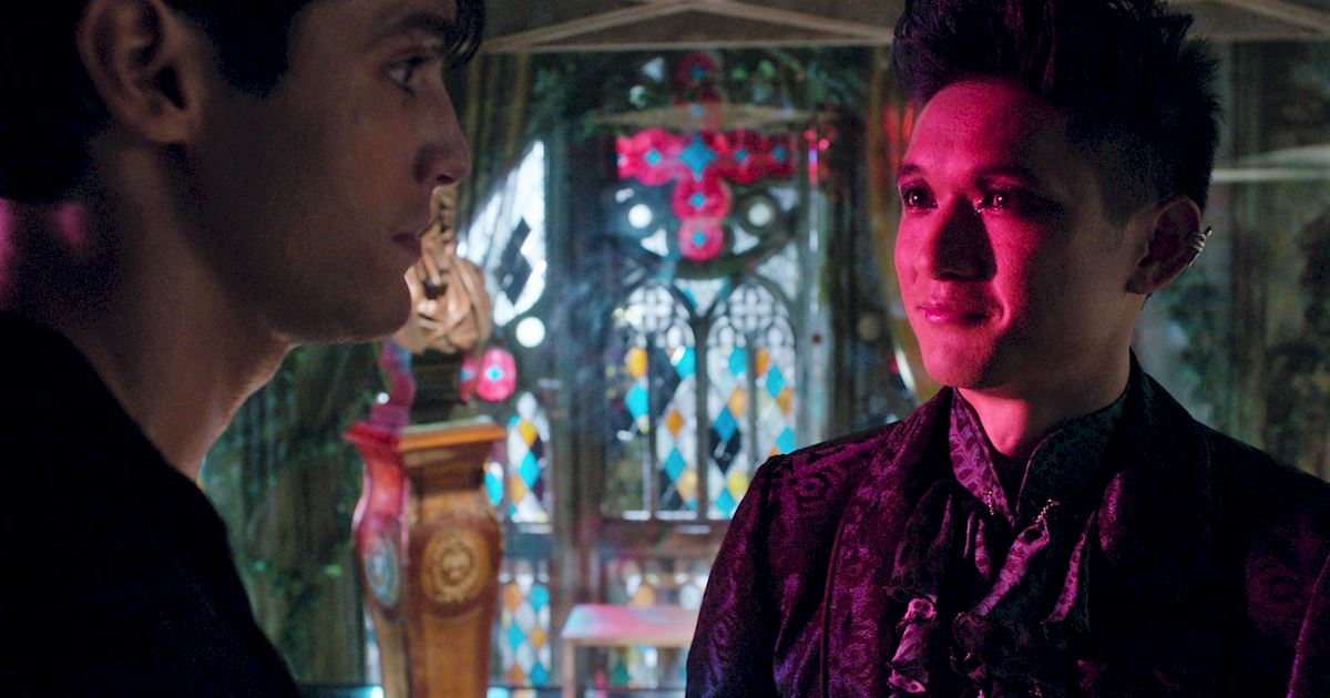 Shadowhunters - The Journey Of Malec Through Season One Is A Total Roller Coaster! - 1025