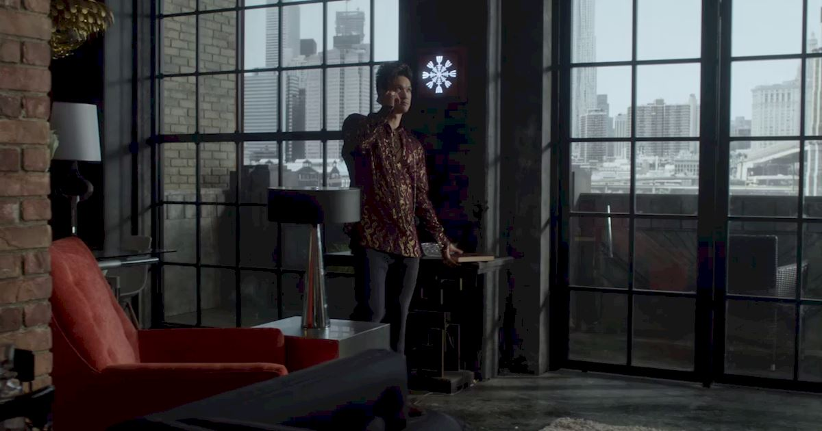 Shadowhunters - The Journey Of Malec Through Season One Is A Total Roller Coaster! - 1011