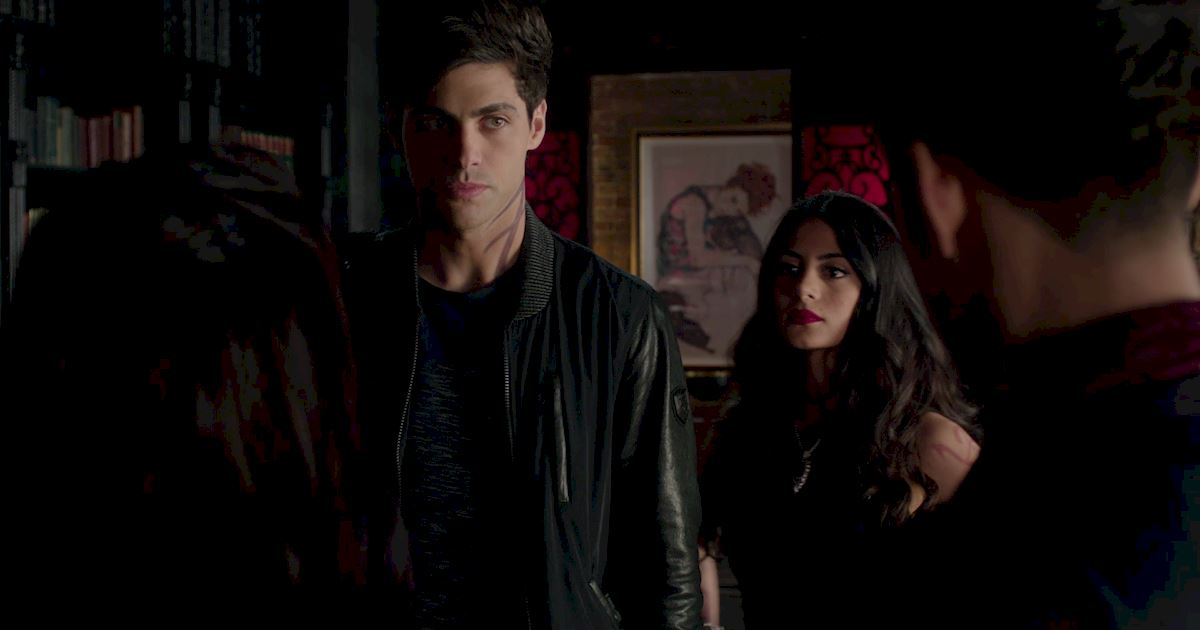 Shadowhunters - The Journey Of Malec Through Season One Is A Total Roller Coaster! - 1056