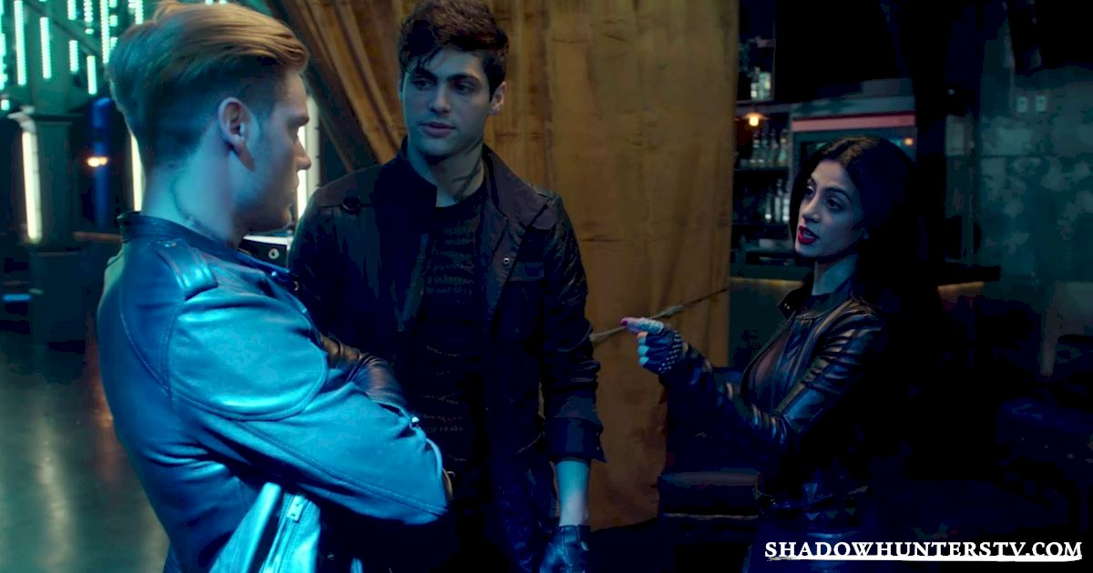 Shadowhunters - 18 Things We Learned From Episode Two! - 1014