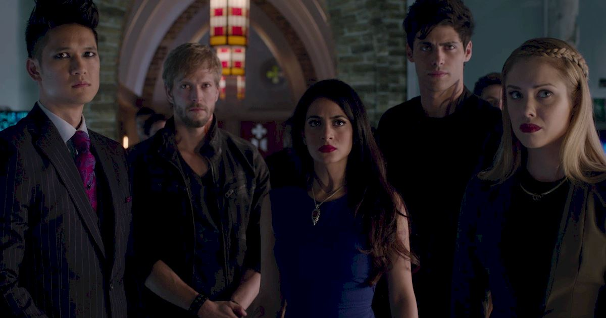 Shadowhunters - 12 Shadowhunters Moments That Got Out Of Hand Real Fast! - 1022