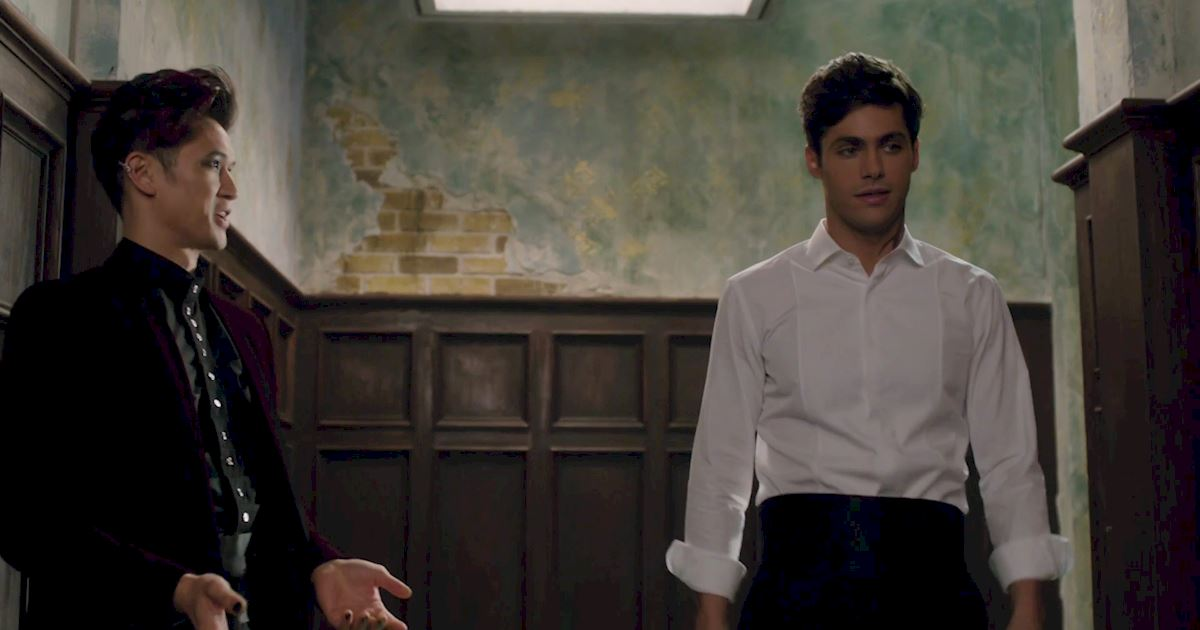 Shadowhunters - 12 Shadowhunters Moments That Got Out Of Hand Real Fast! - 1016