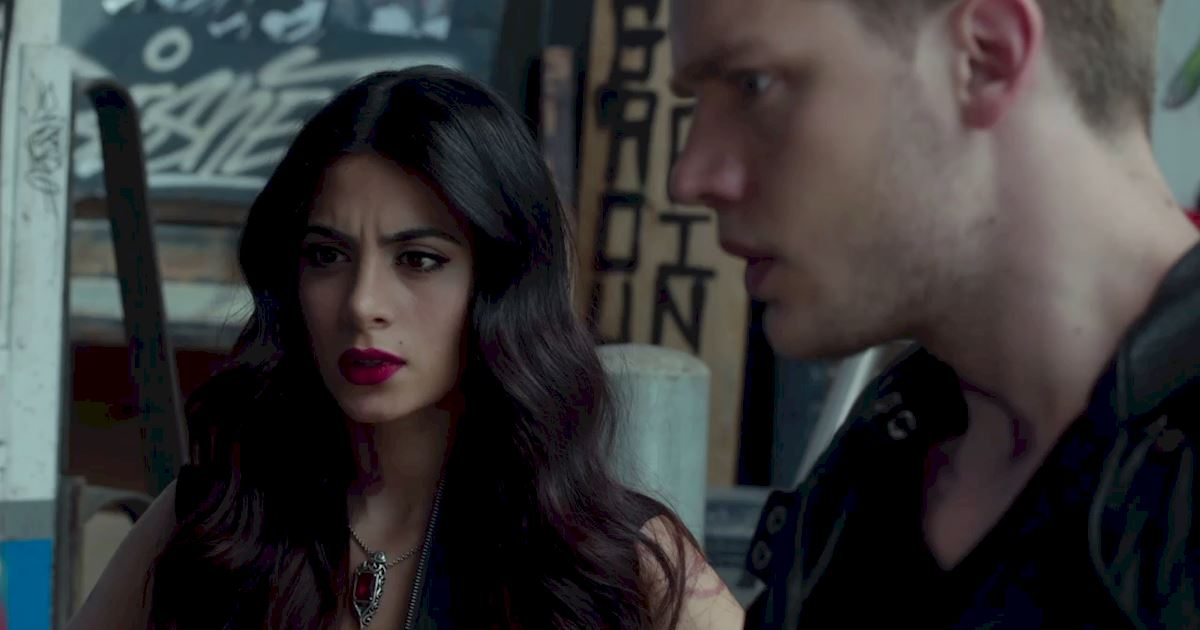 Shadowhunters - 23 Times That Isabelle Lightwood Was A Total Boss! - 1009