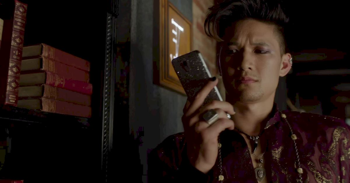 Shadowhunters - 14 Reasons Why Your Parents Should Be Thrilled To Have Magnus As Their Son-In-Law! - 1009
