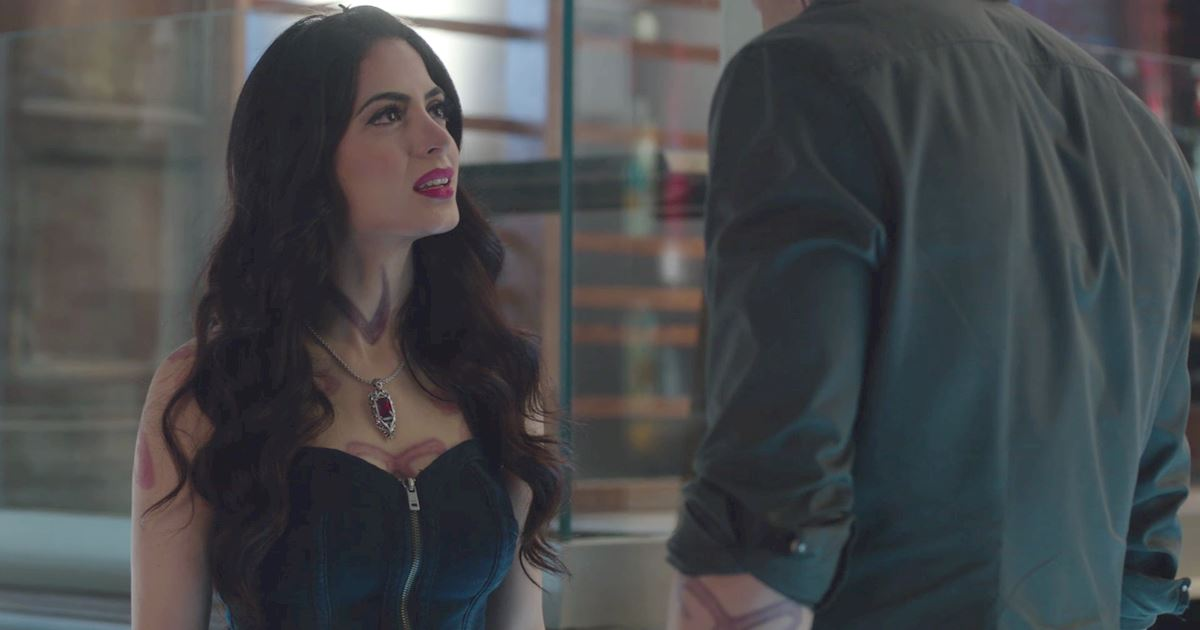 Shadowhunters - The Best Dirty Looks Of Season One: Part 2 - 1003
