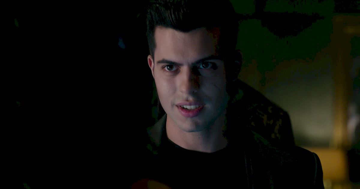 Shadowhunters - The Best Dirty Looks Of Season One: Part 2 - 1023