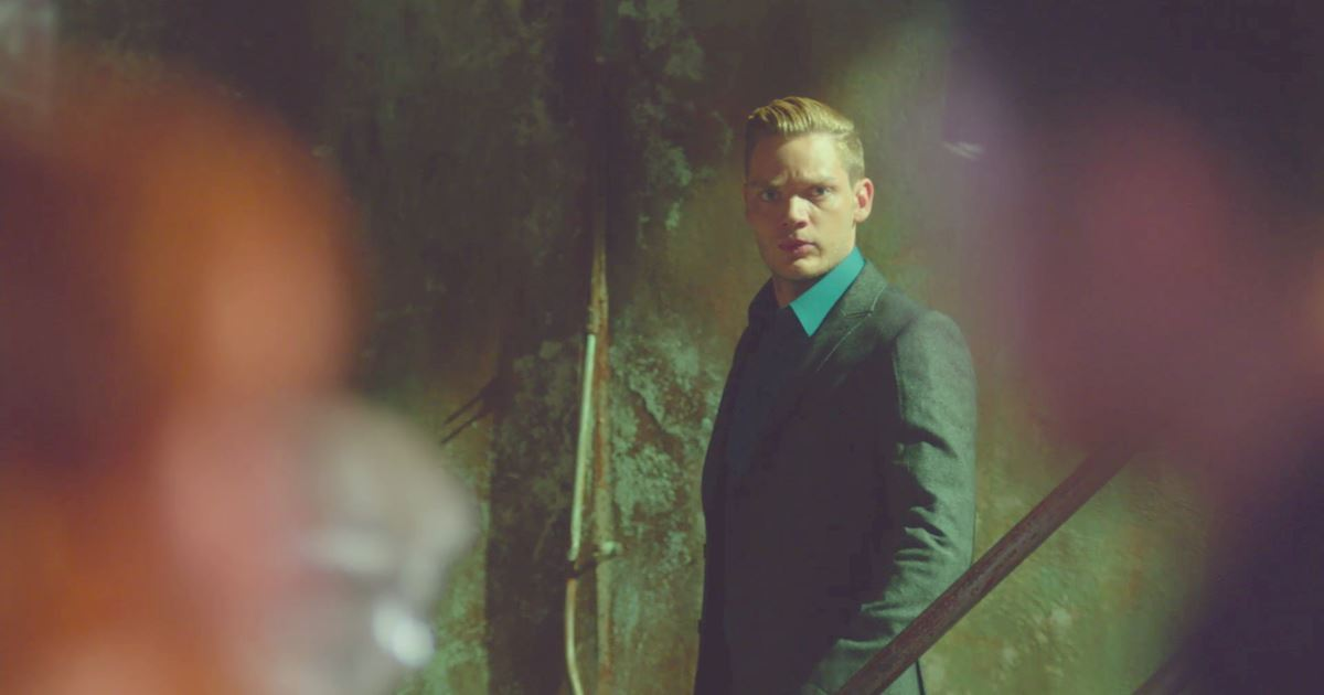 Shadowhunters - The Best Dirty Looks Of Season One: Part 2 - 1010