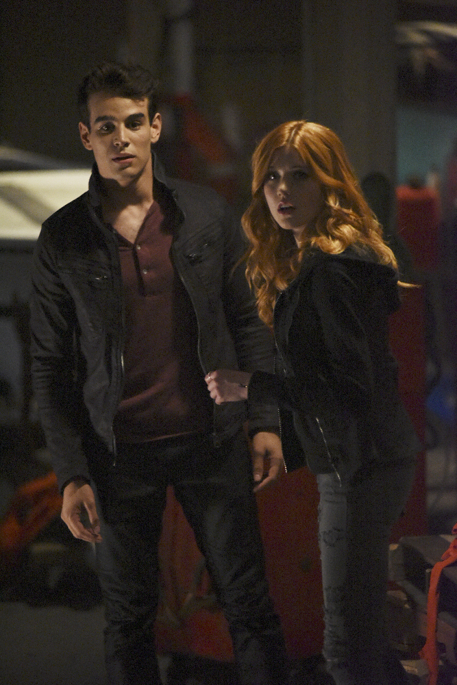 Shadowhunters - Official Photos Of Episode 201: This Guilty Blood! Check Out Shirtless Magnus! - 1002