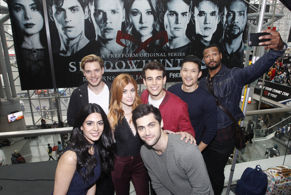 Shadowhunters - The Shadowhunters Stars Were At NYCC And We've Got The Photos To Prove It! - 1001