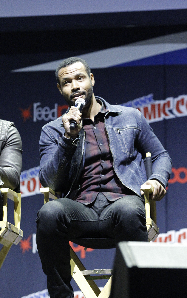Shadowhunters - The Shadowhunters Stars Were At NYCC And We've Got The Photos To Prove It! - 1021