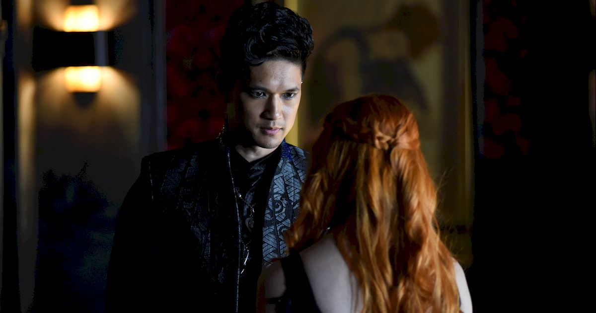 Shadowhunters - [PHOTOS] Amazing Photos from Episode Four's Downworlder Rave! - 1012