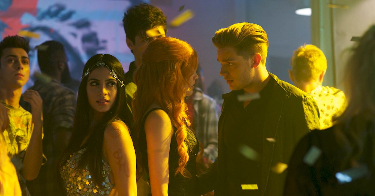 Shadowhunters - [PHOTOS] Amazing Photos from Episode Four's Downworlder Rave! - 1008