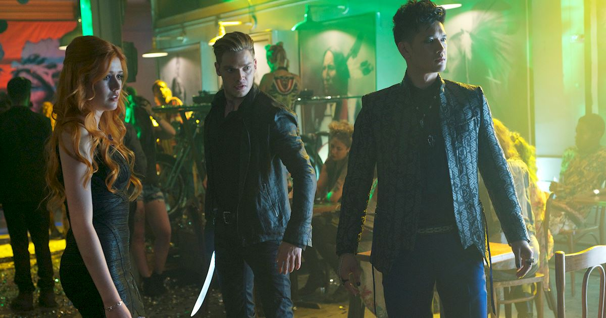 Shadowhunters - [PHOTOS] Amazing Photos from Episode Four's Downworlder Rave! - 1009