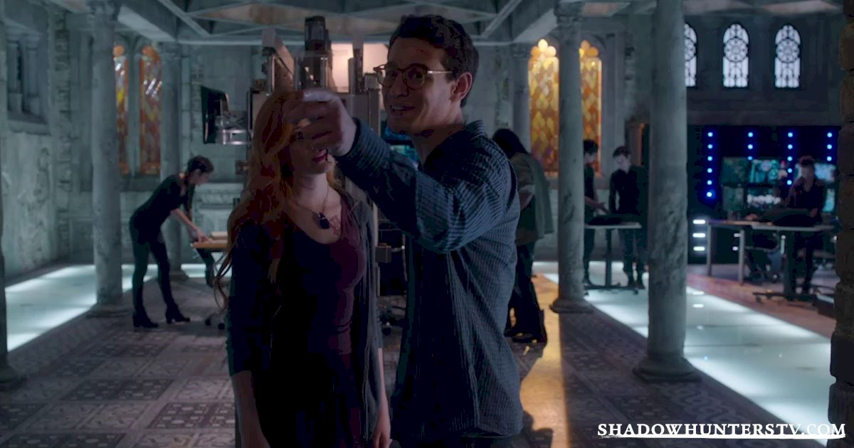 Shadowhunters - 17 Amazing Moments You Might Have Missed from Episode Four! - 1003