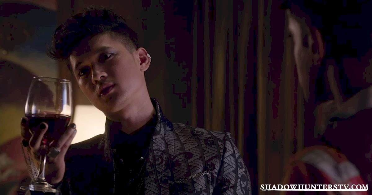 Shadowhunters - 17 Amazing Moments You Might Have Missed from Episode Four! - 1011