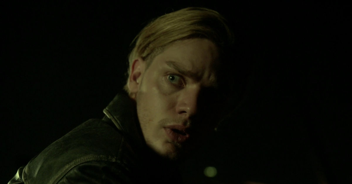 Shadowhunters - Jace Fights For His Freedom In This Dramatic Season 2 Sneak Peek! - 1003