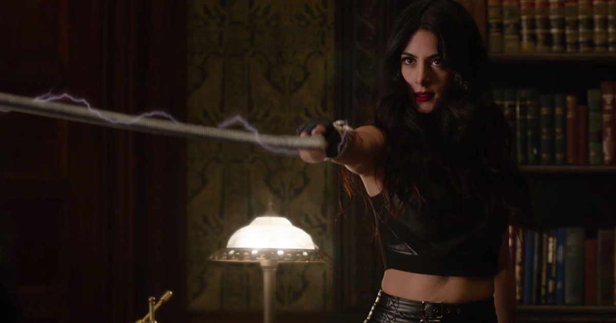 Shadowhunters - 9 Questions We NEED Answered During Season 2 Of Shadowhunters - 1006
