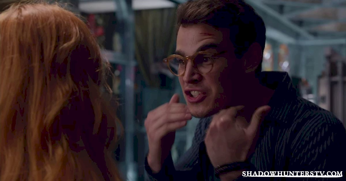 Shadowhunters - 16 Things You Have All Definitely Done At Work! - 1004