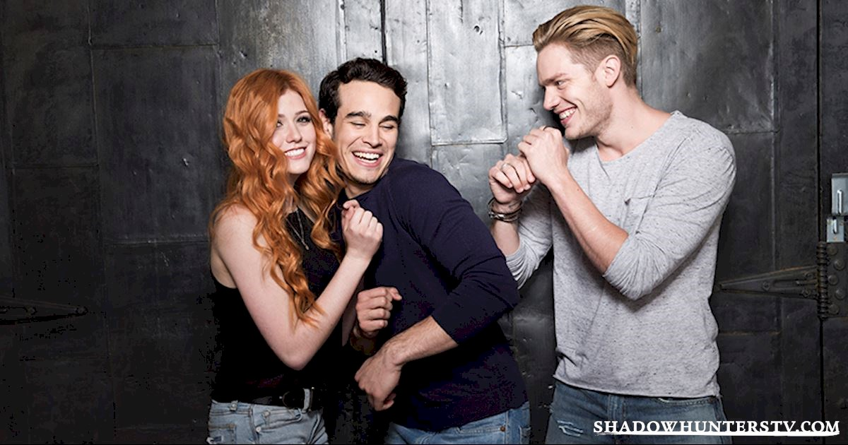 Shadowhunters - Caption This: Domberto Play Fight! - 1001