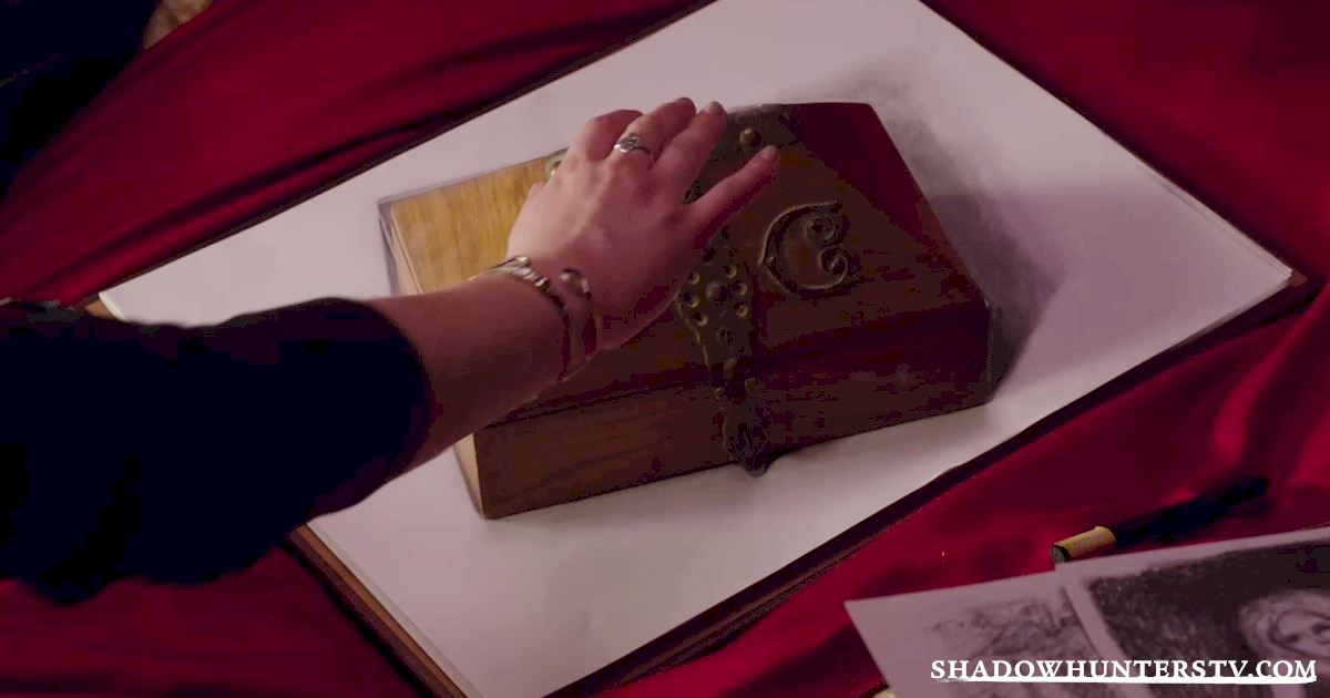 """Shadowhunters - Episode 106: """"Of Men and Angels"""" Official Recap - 1034"""