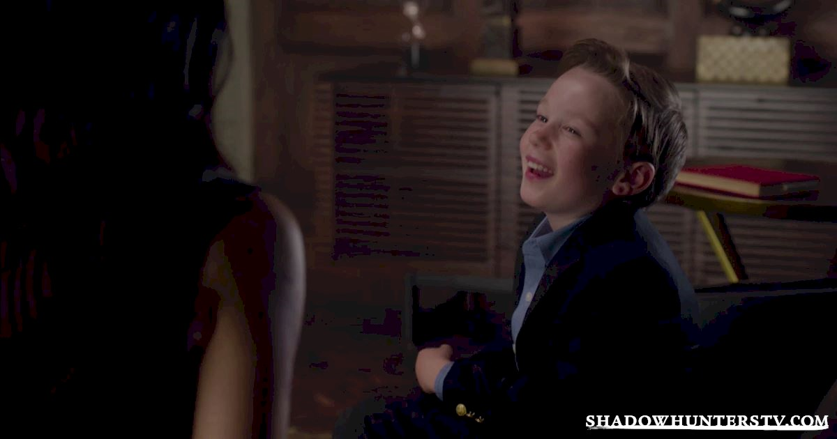 Shadowhunters - Episode Six: Check Out These Adorable Photos Of The Lightwood Family - 1003