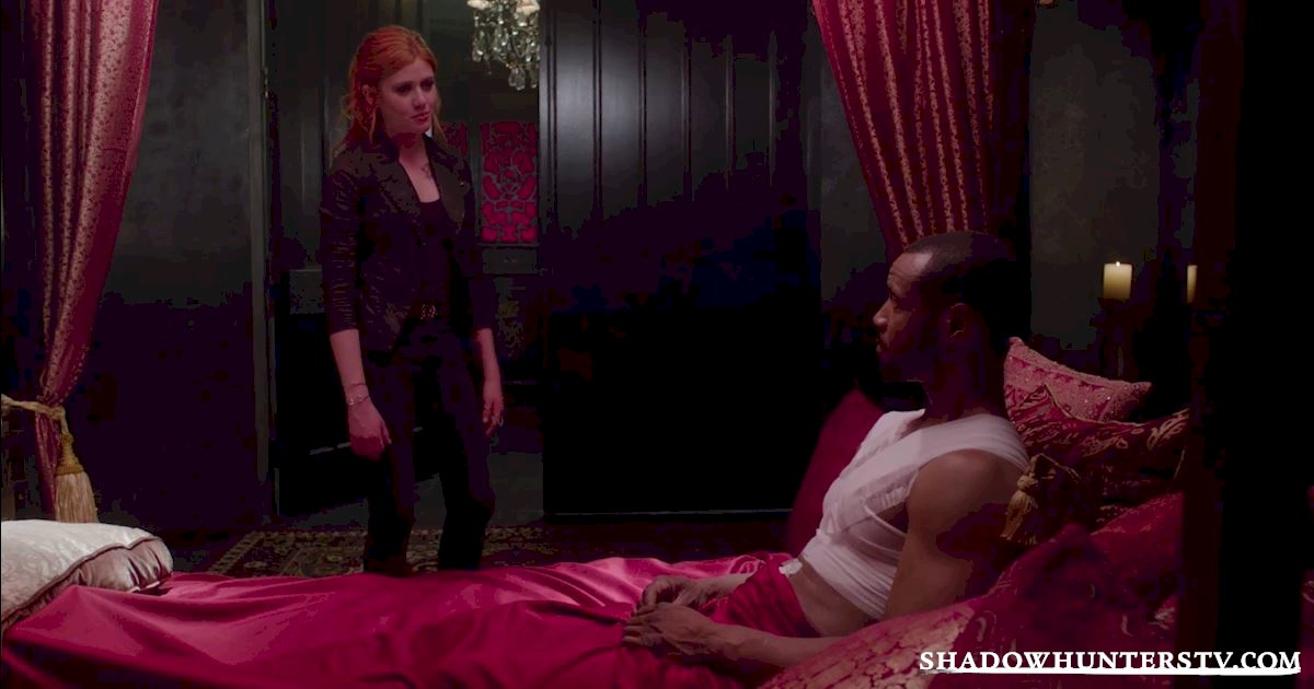 """Shadowhunters - Episode 106: """"Of Men and Angels"""" Official Recap - 1028"""