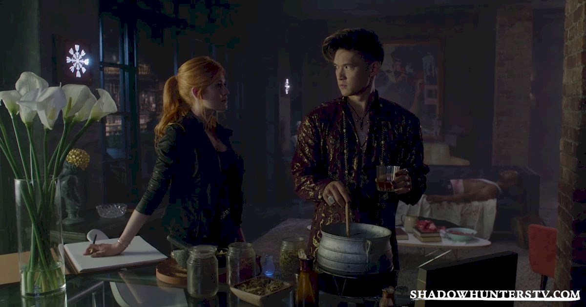 Shadowhunters - 17 Amazing Moments You Might Have Missed From Episode Six! - 1004