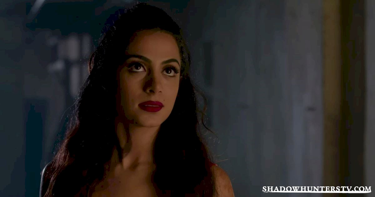 Shadowhunters - 11 Feelings We're All Having Halfway Through The Season! - 1006