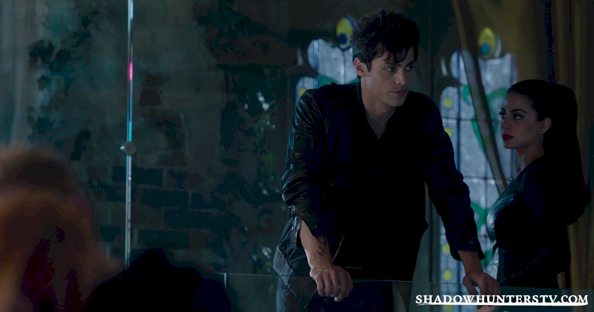 Shadowhunters - 31 Awesome Things We Learned From Episode Seven  - 1029