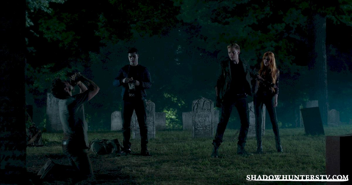 "Shadowhunters - Episode 108: ""Bad Blood"" Official Recap! - 1017"