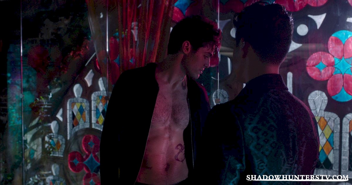 Shadowhunters - 15 Things You Might Have Missed From Episode Eight! - 1009