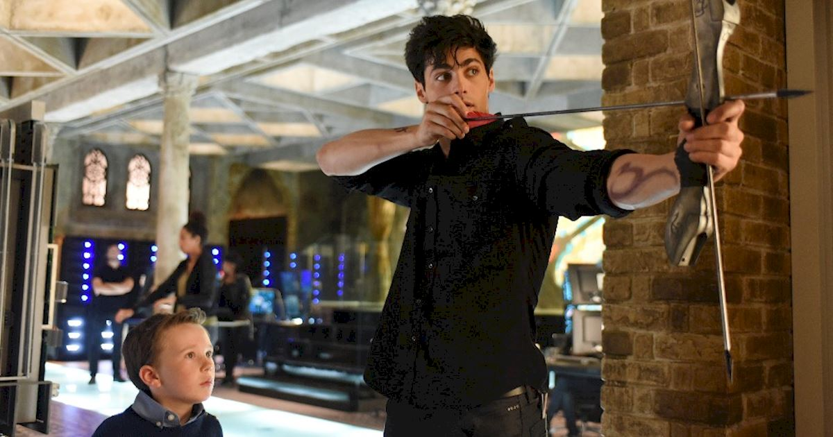 Shadowhunters - [PHOTOS] Incredible Photos From Episode Eight Of Shadowhunters! - 1006