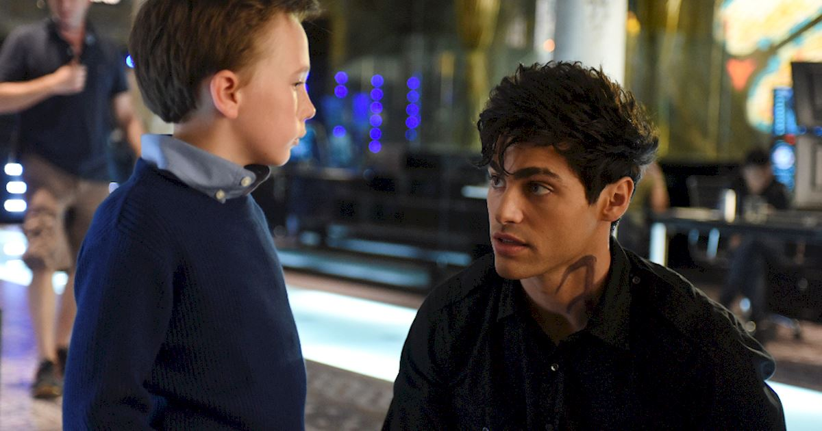 Shadowhunters - [PHOTOS] Incredible Photos From Episode Eight Of Shadowhunters! - 1005