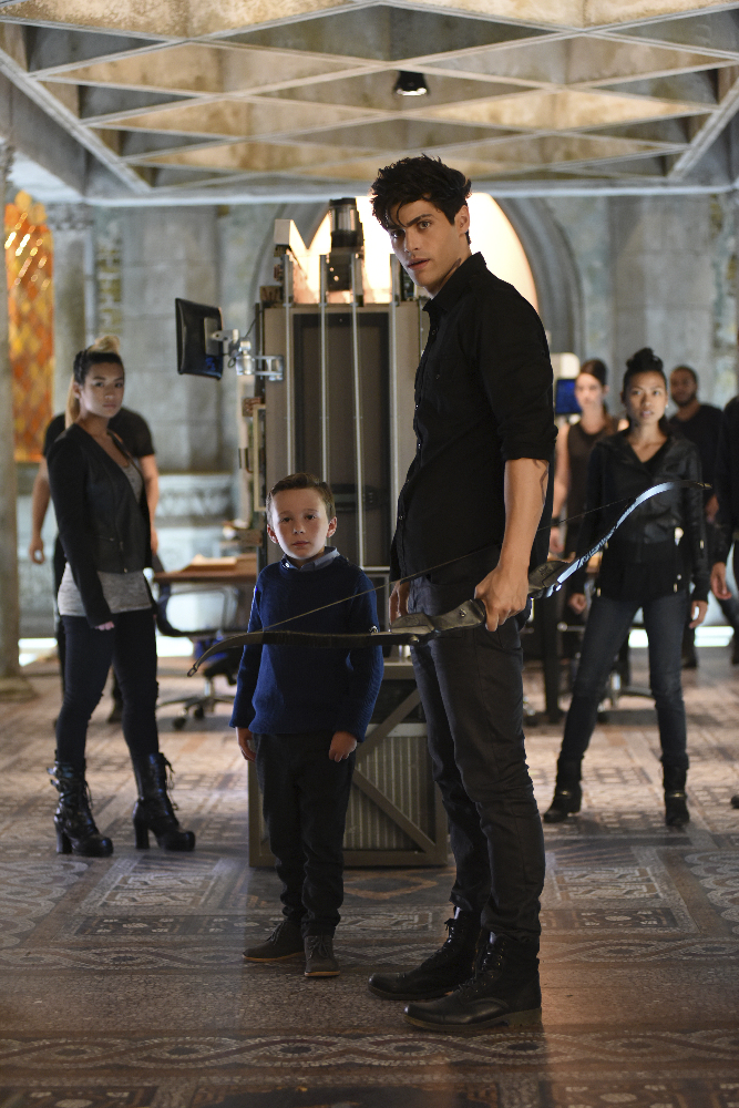 Shadowhunters - [PHOTOS] Incredible Photos From Episode Eight Of Shadowhunters! - 1009