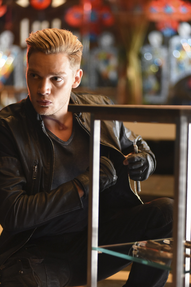 Shadowhunters - Spectacular Set Photos From Episode Nine Of Shadowhunters - 1024