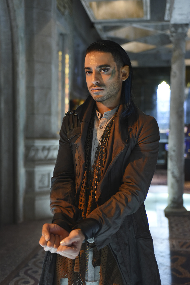Shadowhunters - Spectacular Set Photos From Episode Nine Of Shadowhunters - 1001