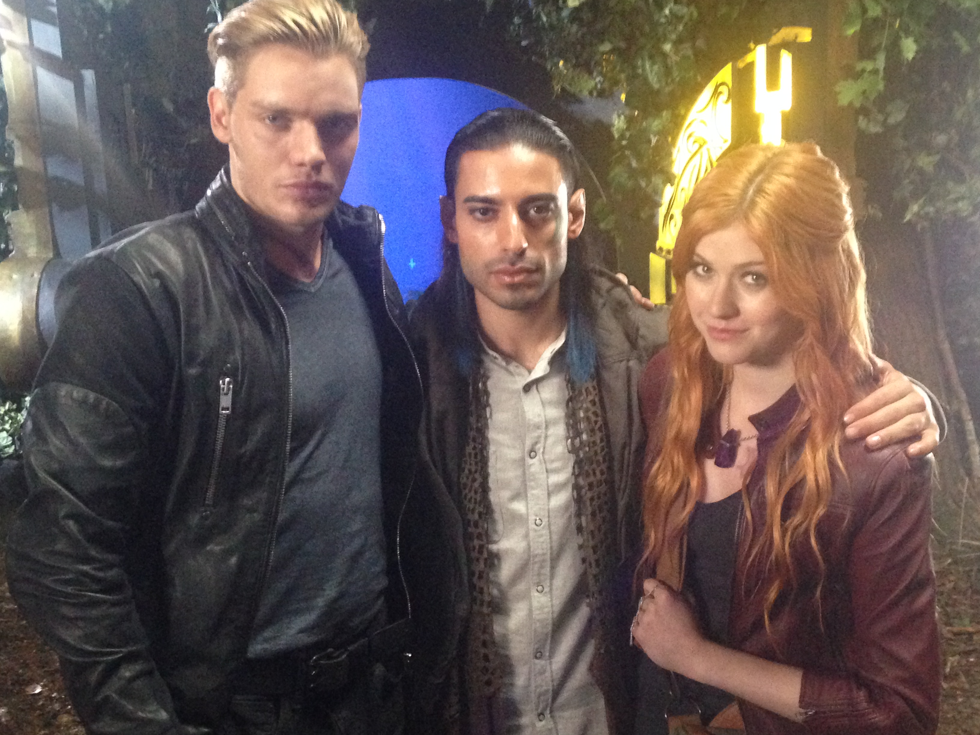 Shadowhunters - Behind The Scenes Photos From This World Inverted! - 1013