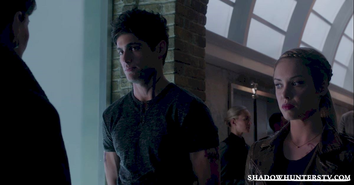 Shadowhunters - [EXCLUSIVE] Episode 11 Sneak Peek: Can Someone Stop Alec and Lydia's Marriage? - 1010