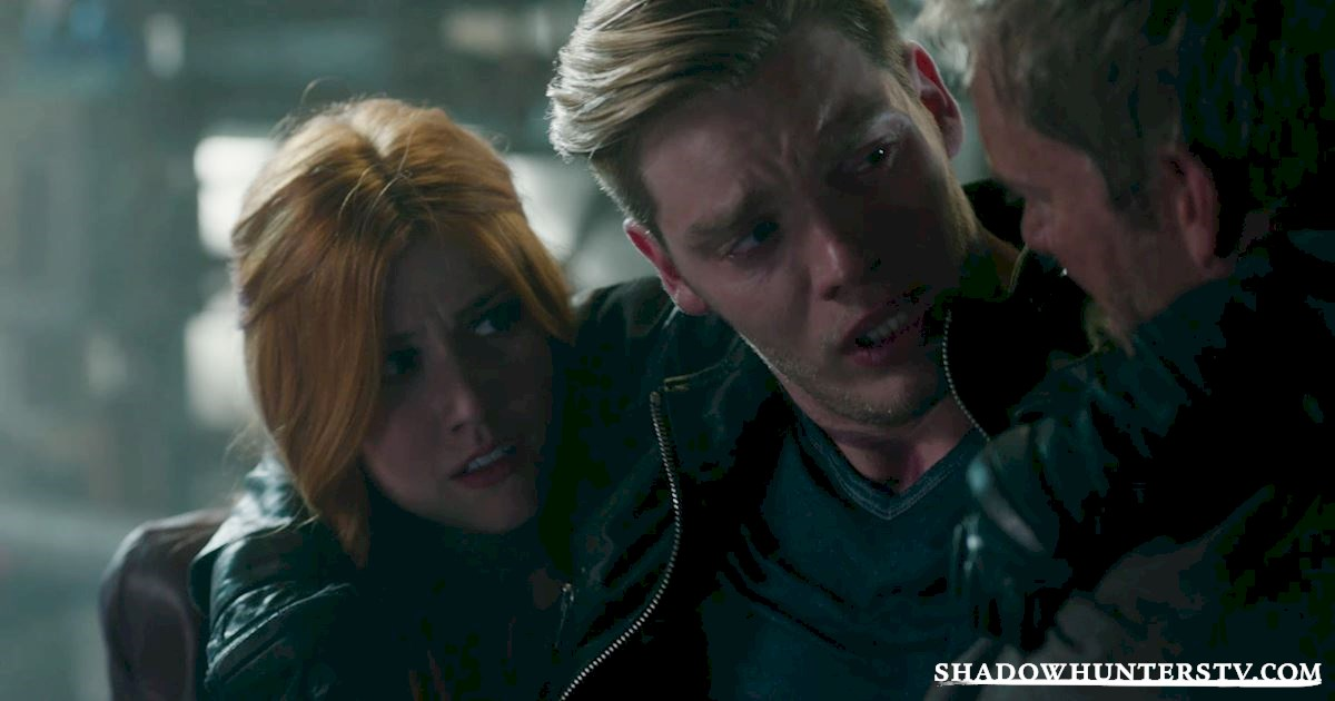Shadowhunters - 11 Times The Women of Shadowhunters Kicked Ass In Episode 11! - 1001