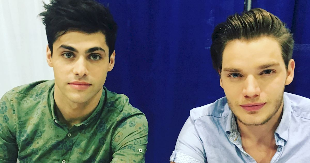 Shadowhunters - Live Updates! The Shadowhunters Cast at WonderCon! - 1004