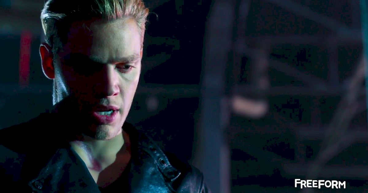 Shadowhunters - FINALE: Sneak Peak Of Episode 13! Valentine Is Back! - 1006