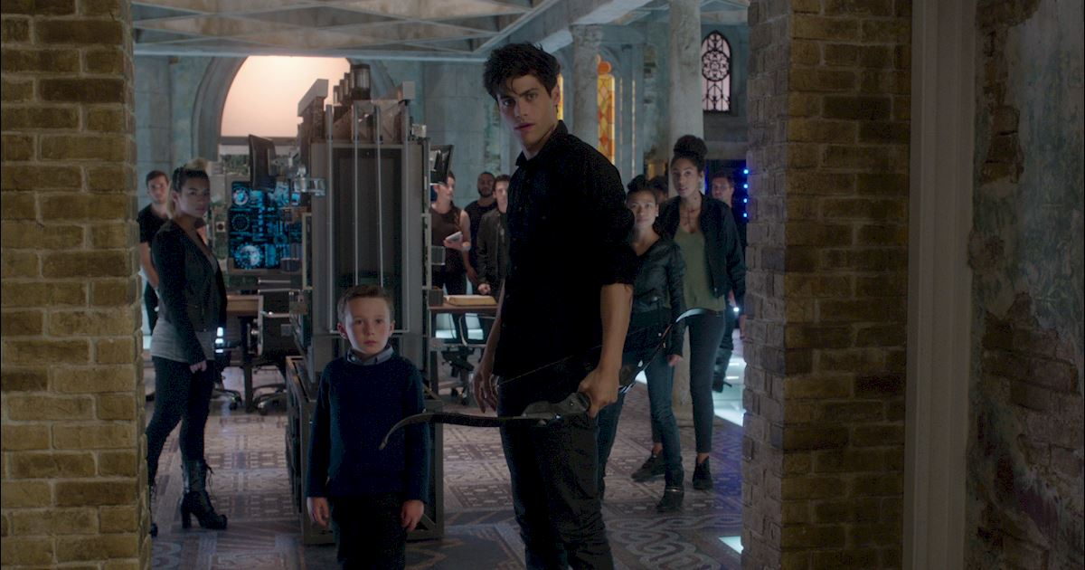 Shadowhunters - [POLL] Keeping Hope Alive for Malec's First Date: But Where?  - 1023